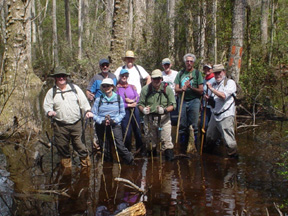Bradwell Bay hikers (Kent Wimmer)